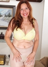 This American mom loves to play around