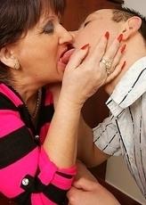 This mature slut really enjoys her toy boy